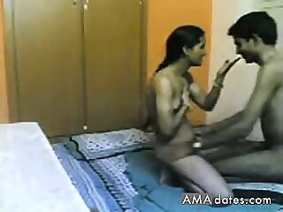 Watch amateur Indian Couple Homemade Sex Scandal